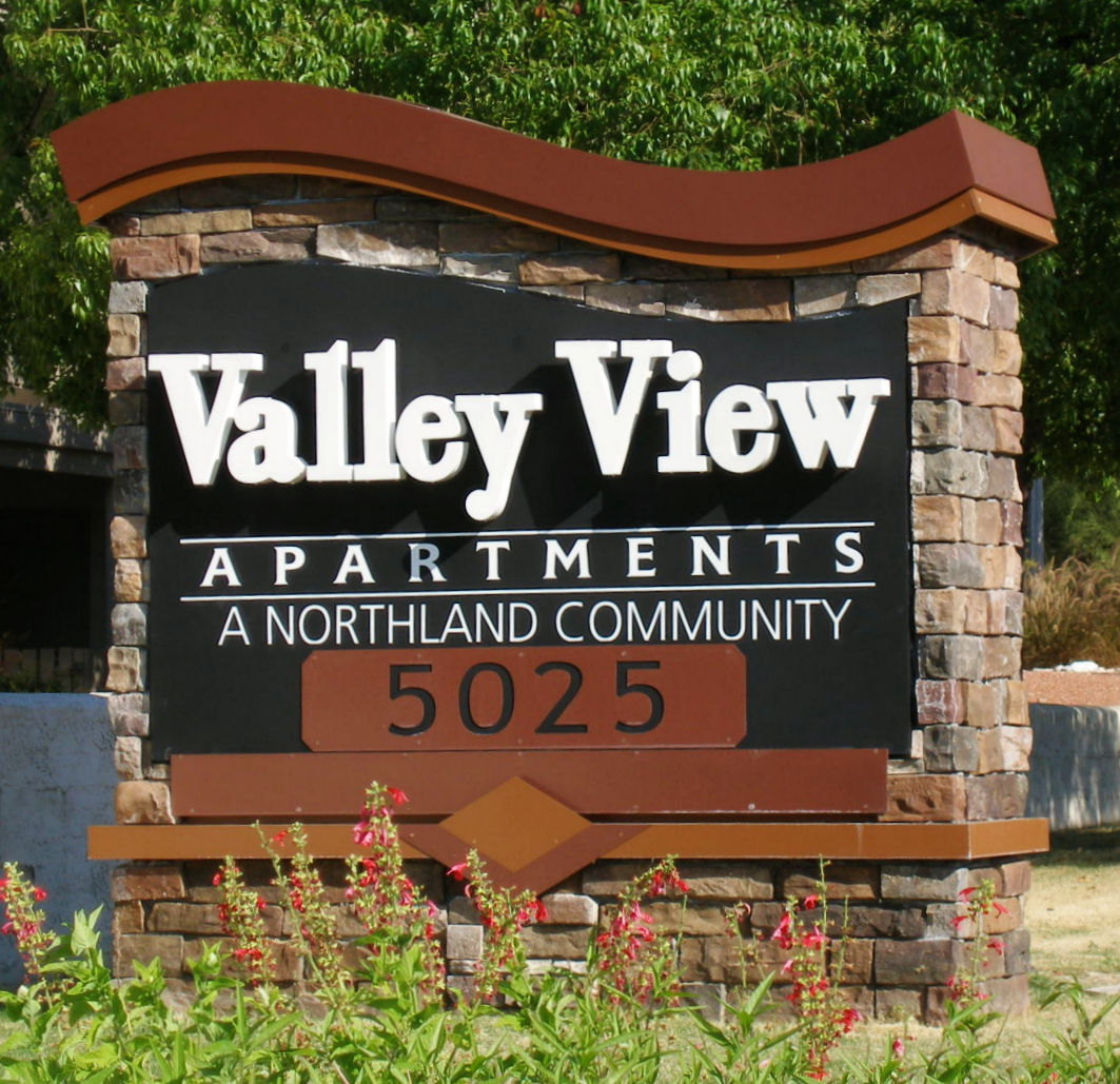 VV Road Sign